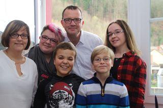 Gemeinsam sind sie stark: Die Wolfacher Familie Roth-Armbruster ist die Bärenfamilie 2017.