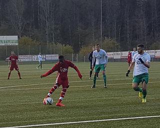 Der TuS Oppenau, hier Ali Abdalla, war gestern nicht aufzuhalten und siegte mit 5:0.