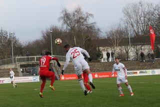 Die Fans sahen gestern in Offenburg eine leistungsgerechte Punkteteilung.