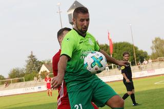 Der Kehler FV (grünes Trikot) kam gestern Nachmittag über ein Unentschieden gegen den FC Bad Dürrheim nicht hinaus.