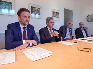 IGZ-Geschäftsführer Markus Ibert, Oberbürgermeister Wolfgang G.Müller, FWTM-GeschäftsführerBernd Dallman und Arnfried Sickinger (v. l.)