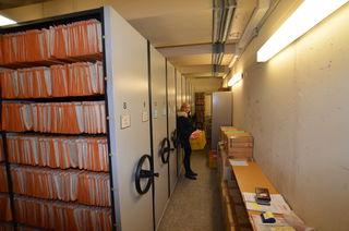 In diesem Archiv werden sämtliche baurechtlich relevante Vorgänge, überwiegend in Form von Bauakten zu Bauten in der Kernstadt und den Stadteilen, zentral verwahrt.