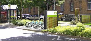 Auffällig sind die bisher vier Mobilitätsstationen – hier am Kulturforum in Offenburg. [spreizung][/spreizung][fotovermerk]Foto: Stadt Offenburg[/fotovermerk]