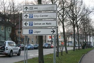 2.500 innnenstadtnahe Parkplätze gibt es in Kehl, die trotz Trambaustelle nutzbar sind.
