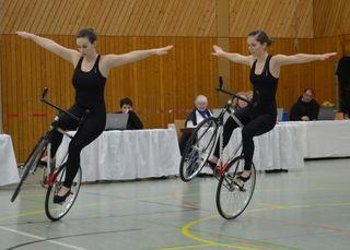 Sophie-Marie Nattmann und Caroline Wurth bei der Präsentation ihrer neuen Kür.