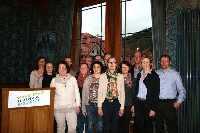 Isabella Schmider (zweite von links) mit dem neugewählten Marketingausschuss. Margit Langer, Michaela Duffner und Günter Eichmann waren bei der Wahl verhindert.