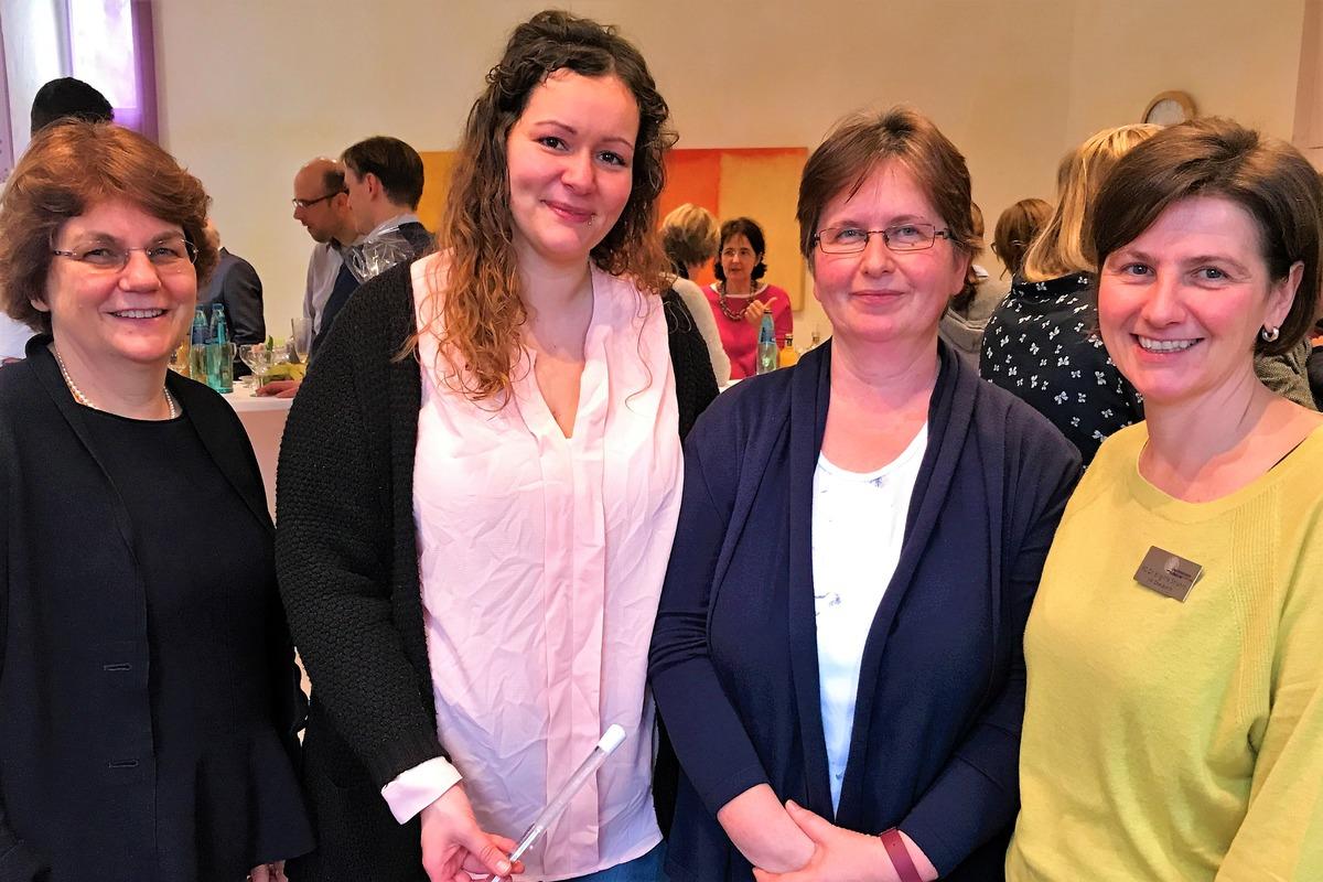 V..l.: Prof. Dr. Charlotte Niemeyer, Konstanze Buuck, Birgit Schneider, Dr. Brigitte Strahm