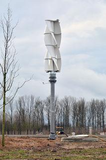 Zwei Tage zum Aufbau benötigt das E-Werk für die zehn Meter hohe Anlage.