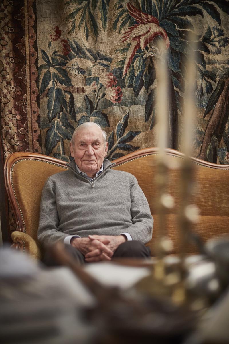 """""""Monsieur le Ministre"""", so wird Daniel Hoeffel, der fast 40 Jahre Bürgermeister im elsässischen Handschuheim war, auch heute noch angesprochen."""