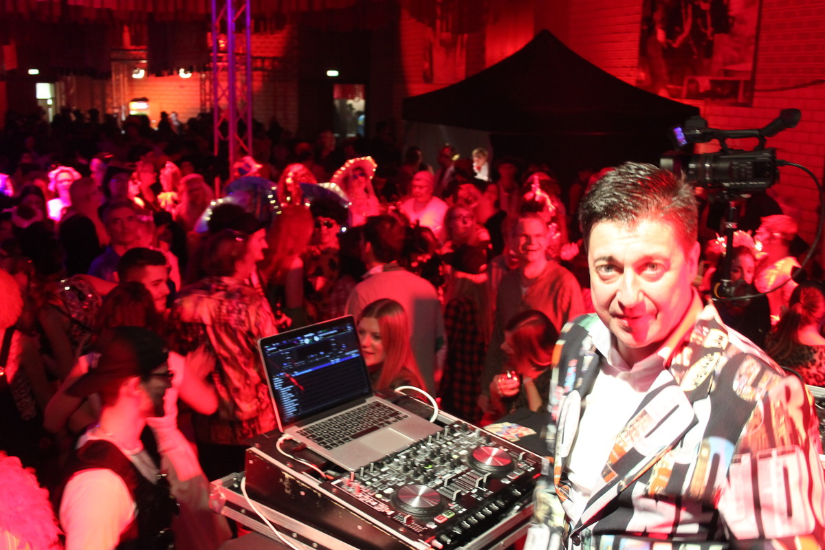 DJ Frank Dickerhof