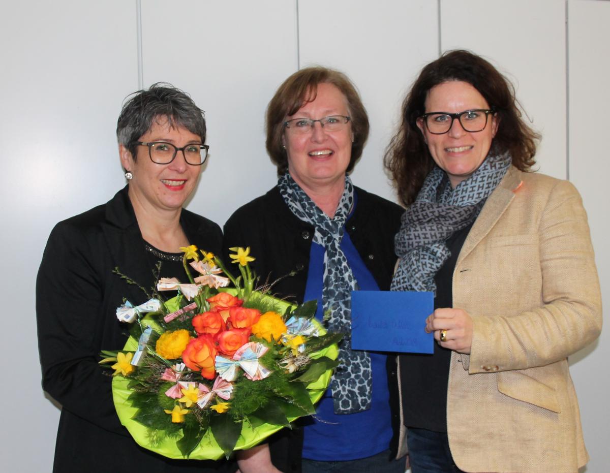 Unser Foto von links: Heike Roll, Monika Müller, Isabel Obleser