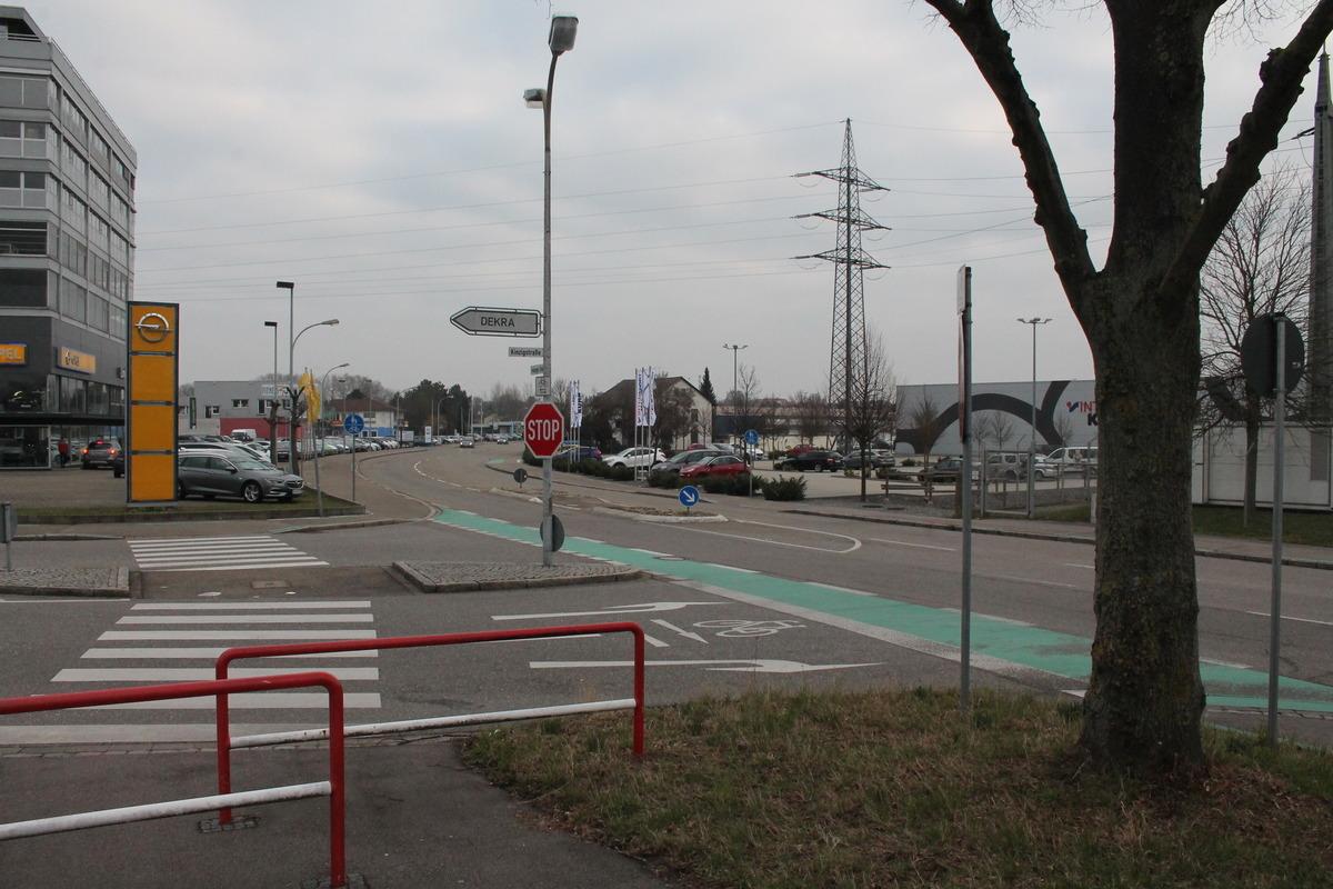 Ein Unfallschwerpunkt für Radfahrer ist die Abfahrt vom Kinzigdamm auf die Kreuzung von Kinzigstraße und Freiburger Straße.