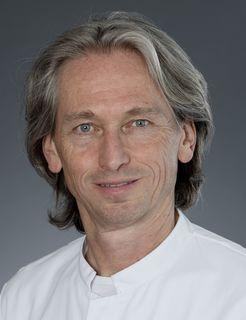 Chefarzt Professor Dr. Akhil P. Verheyden leitet die Unfallchirurgie am Ortenau Klinikum Lahr-Ettenheim.