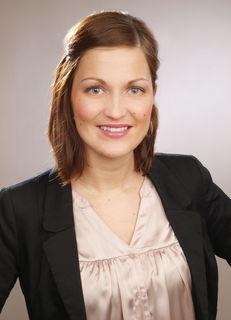 Sie erreichen Ihre Ansprechpartnerin Carolin Kühne unter der Nummer07803/9262430.