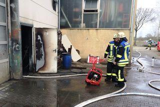 Die Feuerwehr Offenburg wurde am Freitagmittag zu einem Brand in einer Lackierhalle gerufen.