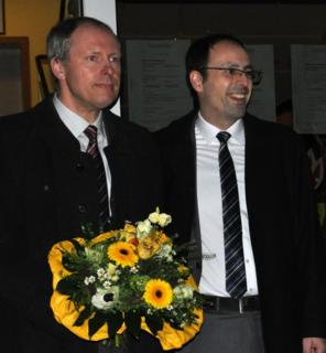 Der strahlende Wahlsieger Meinrad Baumann (r.) mit Ehemann Götz Lechler
