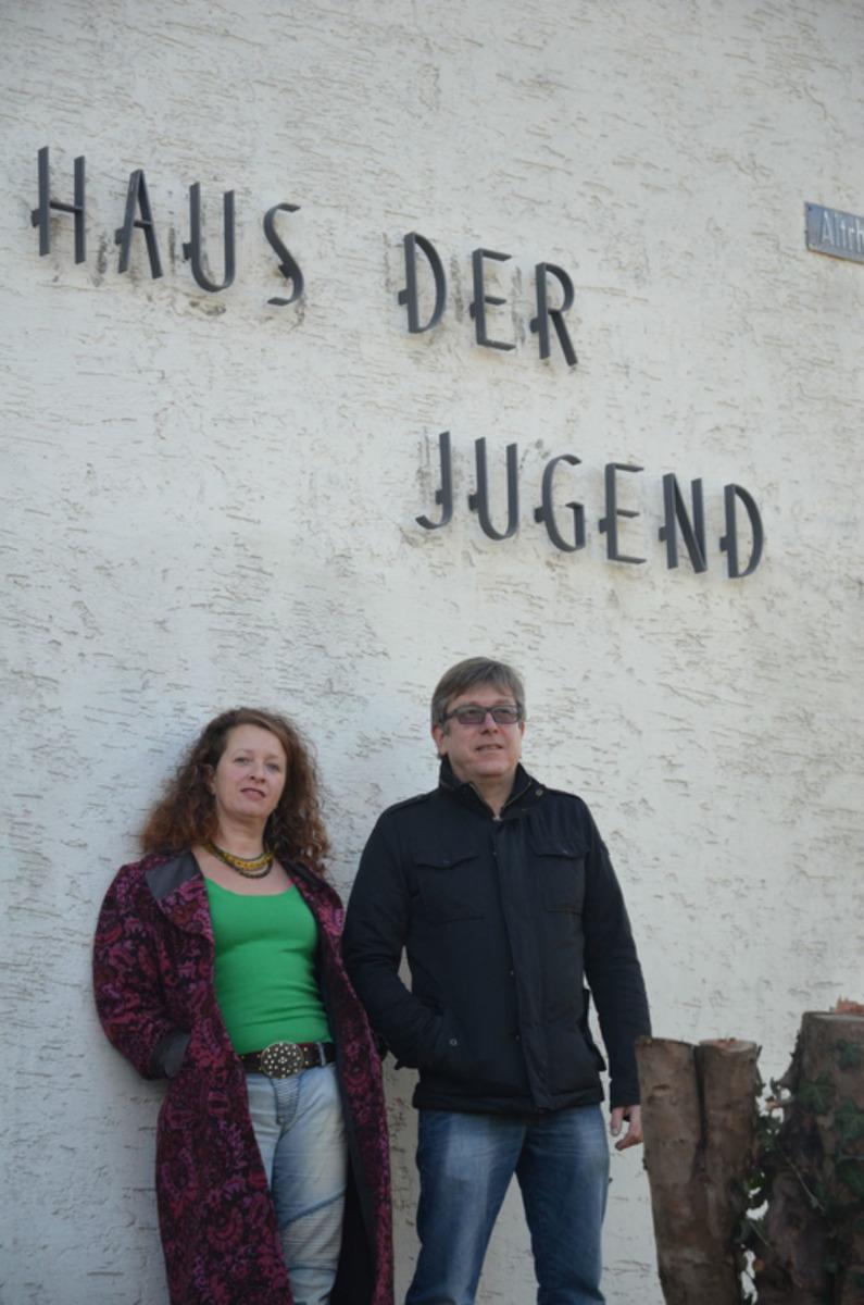 Alex Neumann (rechts) ist der langjährige Leiter des Hauses der Jugend. Er wird von Andrea Neutzler unterstützt.
