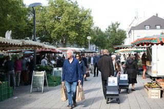 Regional und saisonal einkaufen wie hier auf dem Kehler Wochenmarkt ist nachhaltig.