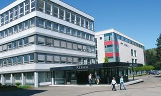 Platz für Verwaltung, Vertrieb und Ausstellungsräume bietet sich Aliseo in den Räumen der früheren Hukla.