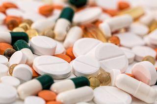 Medikamente gehören in die Problemstoffsammlung.