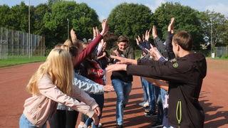 Die Klasse 8c des Scheffel-Gymnasiums Lahr arbeitet daran, als Gruppe zusammenzuwachsen.