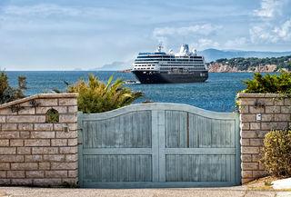 Eine Möglichkeit zu reisen: Kreuzfahrtschiffe