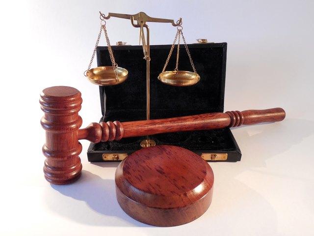 Eine juristische Vorbildung ist bei Schöffen ausdrücklich nicht erwünscht.