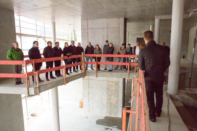 Führung durch das neue Verwaltungsgebäude
