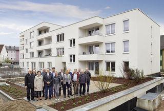 Die Wohnbau Offenburg hat in der Angelgasse 4, 4a und 6 insgesamt 28 öffentlich geförderte Wohnungen und eine Kindertagestätte errichtet, die vom Aufsichtsrat besichtigt wurden.