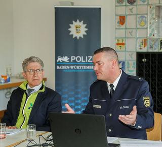 Oberbürgermeister Müller und Revierleiter Felix Neulinger präsentierten die Zahlen des Vorjahres.