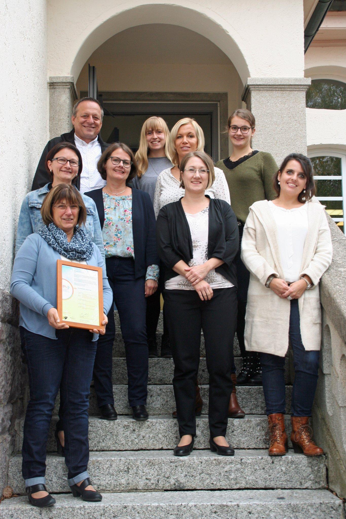 Auszeichnung für das Team der Grundschule Nesselried